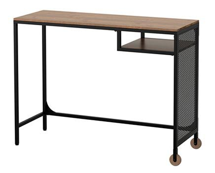 There are many styles and styles of computer desks on the market