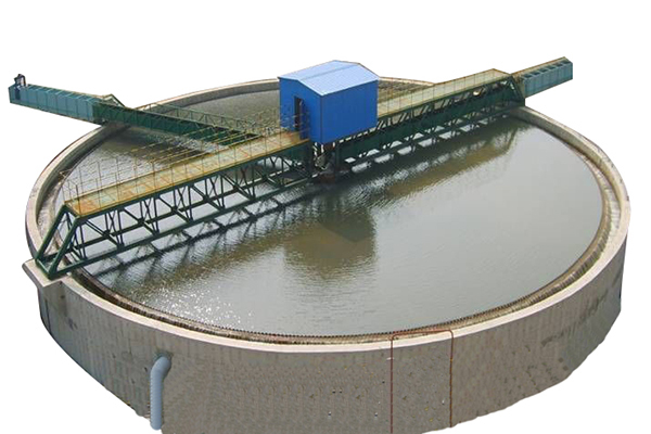 What are the main uses of Thickener Tank